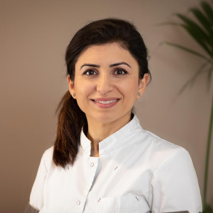 Chera Amin-Mazuri - Tandarts en eigenaar van Tandartspraktijk Heresingel