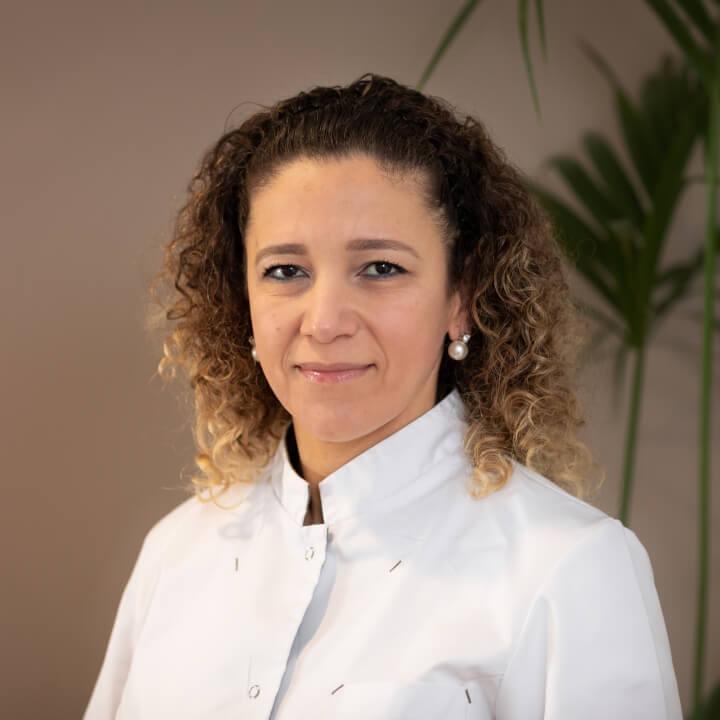 Nesrin El Masri - Preventieassistente bij Tandartspraktijk Heresingel